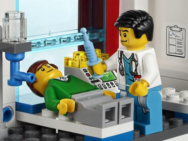 LEGO シティードクター